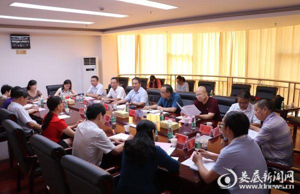 王雄到娄底职院调研民族团结进步教育基地创建工作