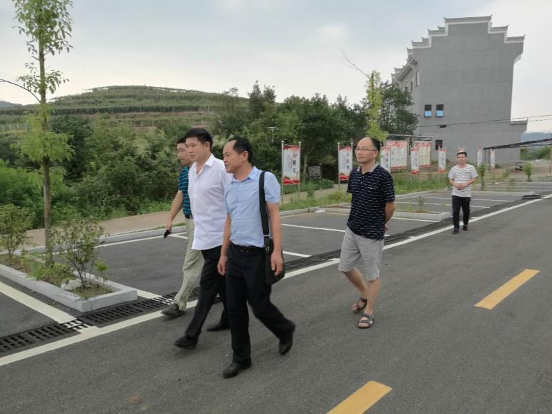 市委统战部到娄星区、泠水江、涟源调研相关统战工作